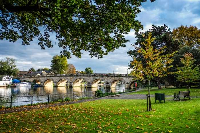 A view of Maidenhead Bridge in the autumn - Photo credit Jodie Humphries